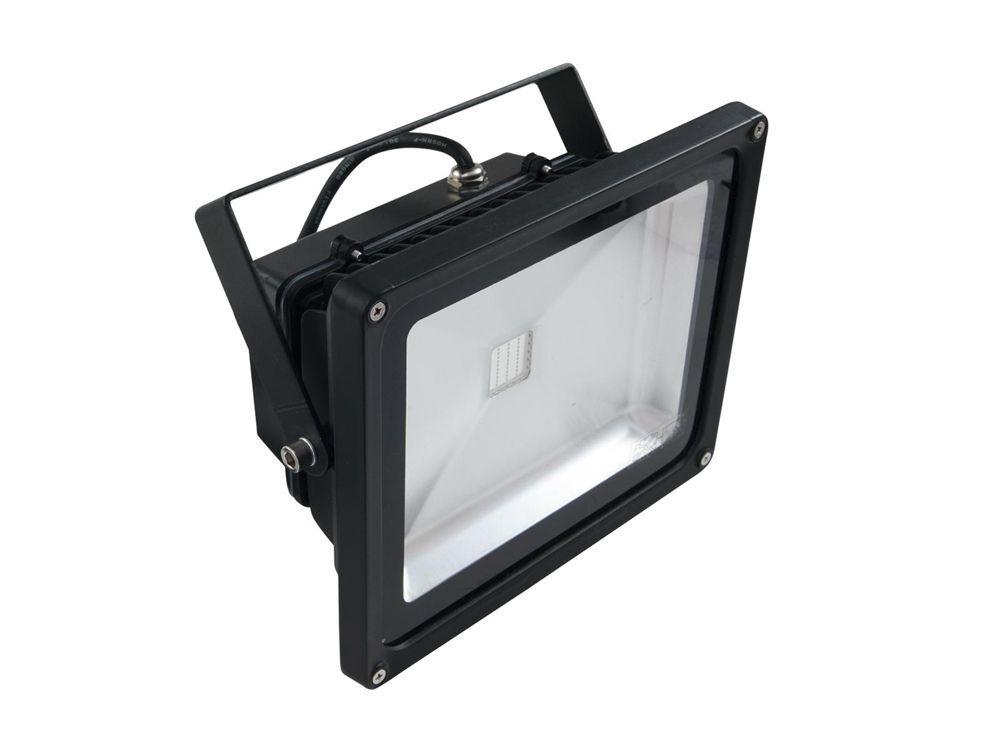 EUROLITE LED IP FL-30 COB UV auch für den Outdoorbereich, IP54