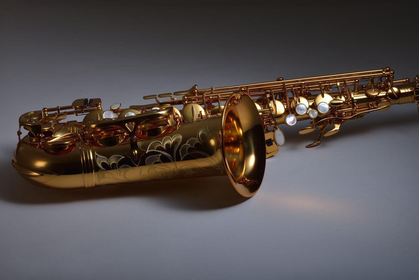 Chateau Altsaxophon, Powerbell Schallstück, dunkler Goldlack,