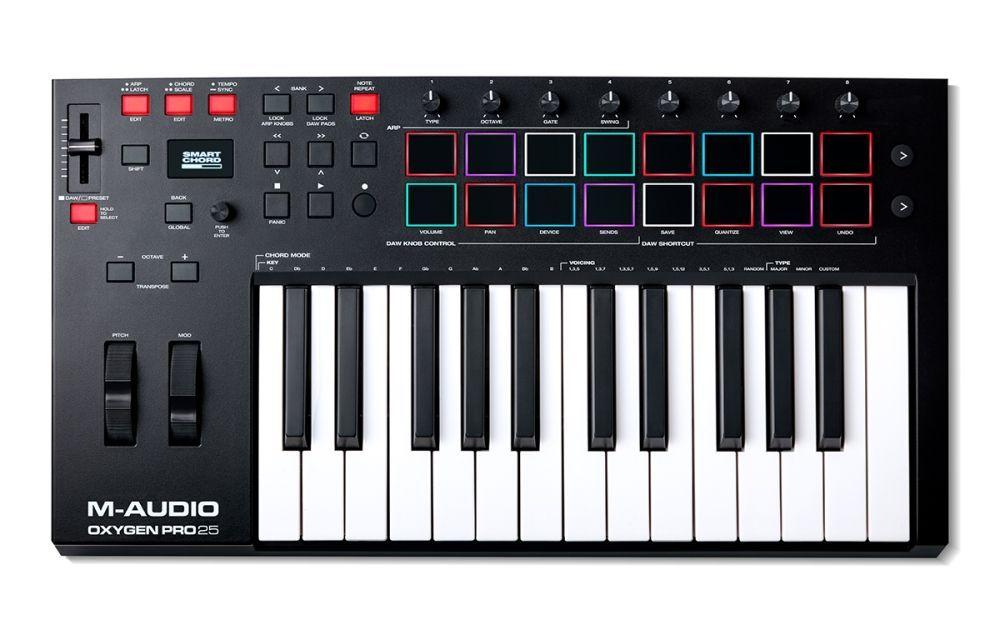 M-Audio OXYGEN PRO 25  USB/MIDI Controller Keyboard mit 8 Triggerpads