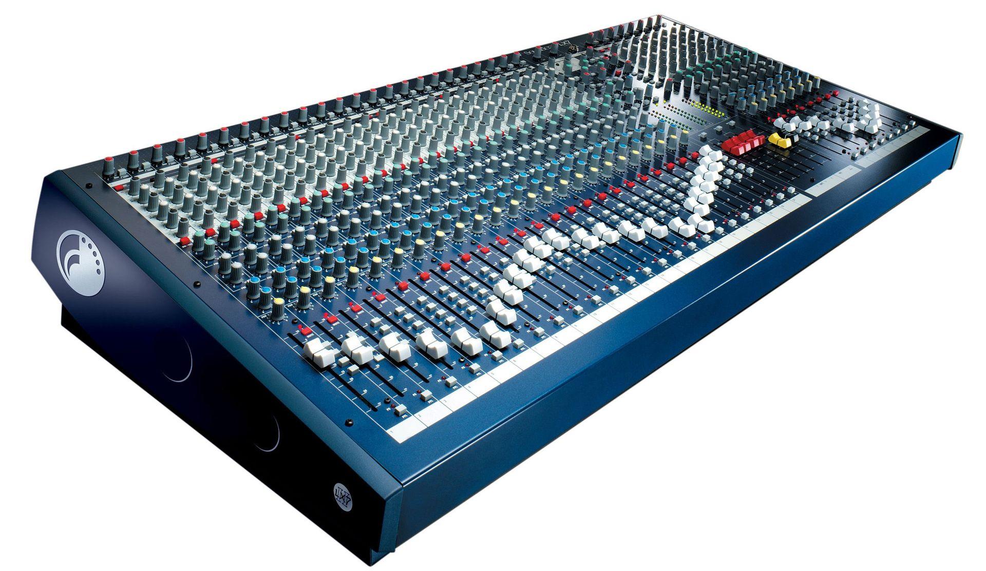 Soundcraft LX7 II 32 Mixer, Mischpult, 32 Mikrofoneingänge, 2 StereoInputs, EQ