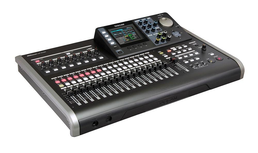 Tascam DP-24SD 24 Spur Digital Porta Studio mit Effekte und Metronom