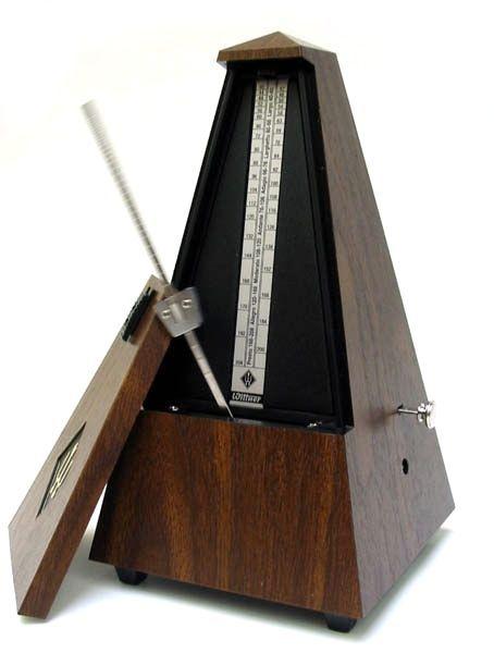 Wittner 855 Metronom mit Glocke, mechanisches Pyramiden-Pendel-Taktell, nußbaum