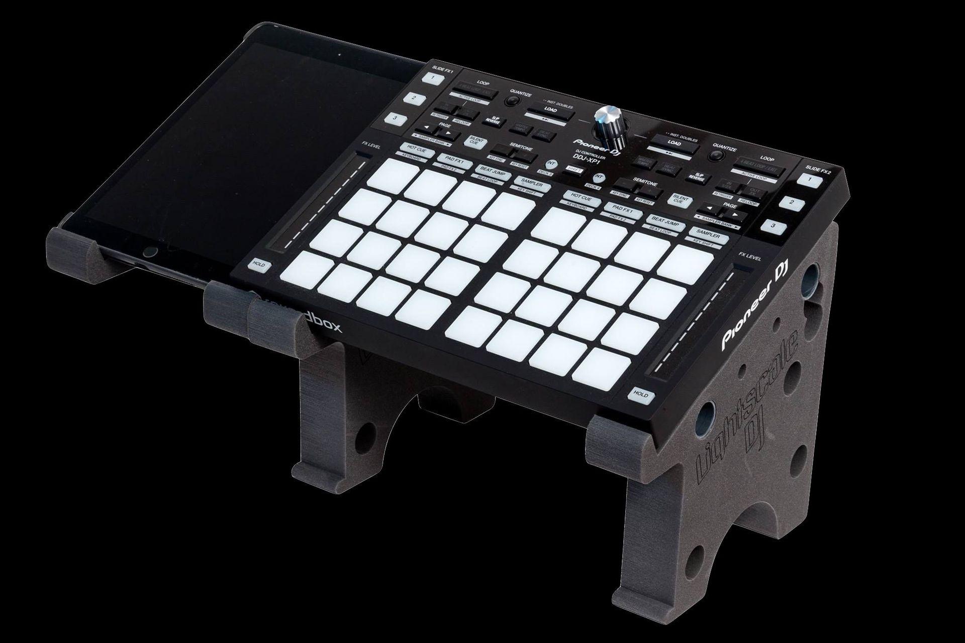 Lightscale DJ Stand Plus Ständersystem für DJ Controller, Laptops, Pads, Mixer